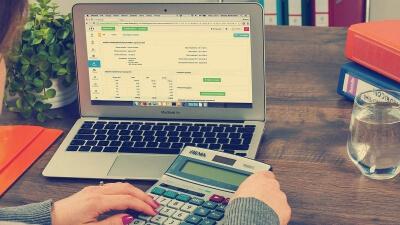 Curso Universitario de Especialización en Matemáticas para personal financiero